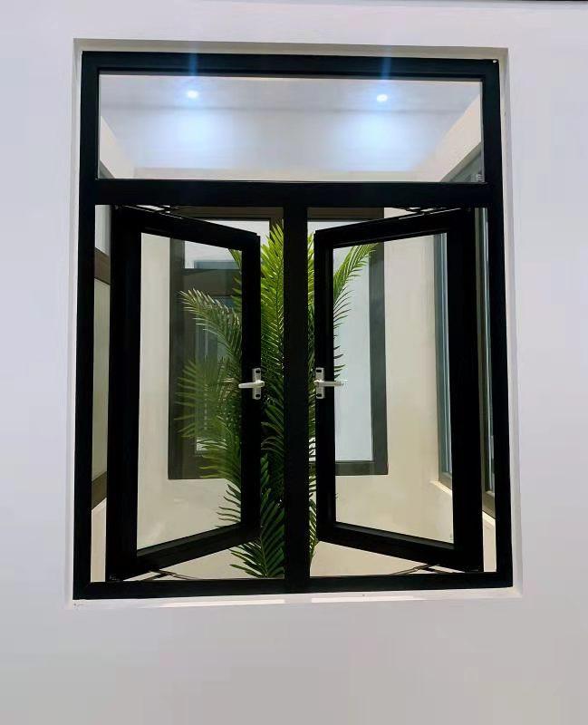 沥雅圣铝门窗
