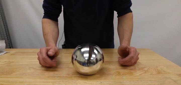光滑如镜?铸造镜面抛光铝箔球全过程,成品太完美了