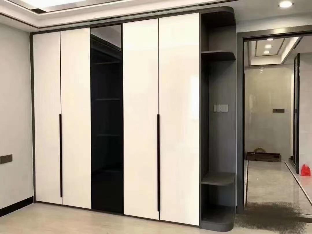 抖客   ·多款年轻人都喜欢的极简衣柜,派诗曼全铝家居的高级