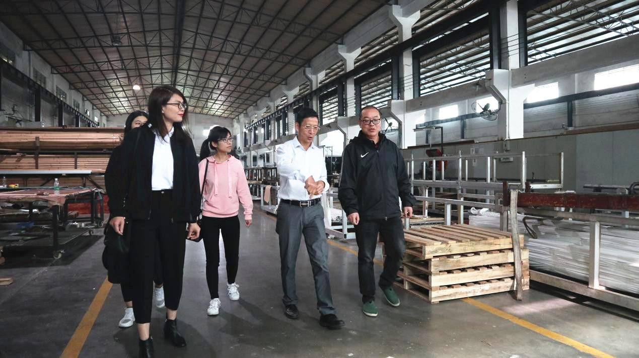 广东省铝加工专业委员会卢继延主任走访部分新进会员企业