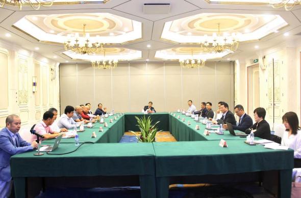 首届建筑铝型材高峰论坛召开 并向全行业发出倡议